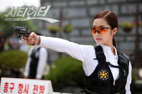 http://www.withanaccent.com/wp-content/uploads/2012/06/park_minyoung_city_hunter.jpg