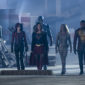 The Flash teams up with Supergirl, Team Arrow, and the Legends of Tomorrow against an invading race of aliens known as the Dominators.