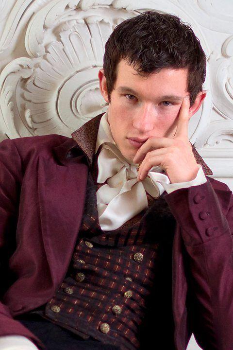 Callum Turner Cast In Fantastic Beasts 2 As Newt Scamander